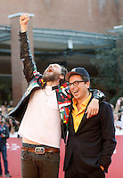 Il cantante Lorenzo Cherubini Jovanotti posa sul red carpet con il direttore del Festival Internazionale del Film di Roma Antonio Monda, all'Auditorium di Roma, 16 ottobre 2016.<br />