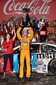 #18: Kyle Busch, Joe Gibbs Racing, Toyota Camry M&M's Red White & Blue