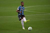14th November 2020; Arena de Gremio, Porto Alegre, Brazil; Brazilian Serie A, Gremio versus Ceara; Paulo Miranda of Gremio plays the ball forward