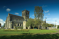 Paisley Abbey, Paisley, Renfrewshire<br /> <br /> Copyright www.scottishhorizons.co.uk/Keith Fergus 2011 All Rights Reserved