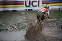 splashing Sina Frei (SUI)<br /> <br /> Women U23 Race<br /> UCI 2016 cyclocross World Championships