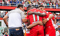TULUA - COLOMBIA, 06-06-2019: Jugadores de Cortulua celebran después de anotar el segundo gol durante partido de ida entre Cortuluá y Deportivo Pereira por la final del Torneo Águila 2019 I jugado en el estadio 12 de Otubre de la ciudad de Tulua. / Players of Cortulua celebrate after scoring the second goal during first leg match between Cortulua and Deportivo Pereira for the final of the Aguila Tournament 2019 I played at 12 de Octubre stadium in Tulua city. Photo: VizzorImage / Juan Torres / Cont