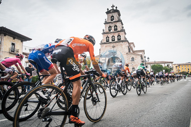 The peloton during Stage 17 of La Vuelta d'Espana 2021, running 185.8km from Unquera to Lagos de Covadonga, Spain. 1st September 2021.     <br /> Picture: Unipublic/Charly Lopez | Cyclefile<br /> <br /> All photos usage must carry mandatory copyright credit (© Cyclefile | Charly Lopez/Unipublic)