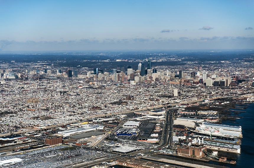 Aerial view of downtown Philadelphia, Pennsylvania, USA