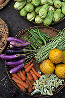 Asie/Birmanie/Myanmar/Yangon: Theingyi Zei Market ou marché indien - Etal légumes