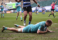20th March 2021; Recreation Ground, Bath, Somerset, England; English Premiership Rugby, Bath versus Worcester Warriors; Joe Batley of Worcester Warriors scores a try