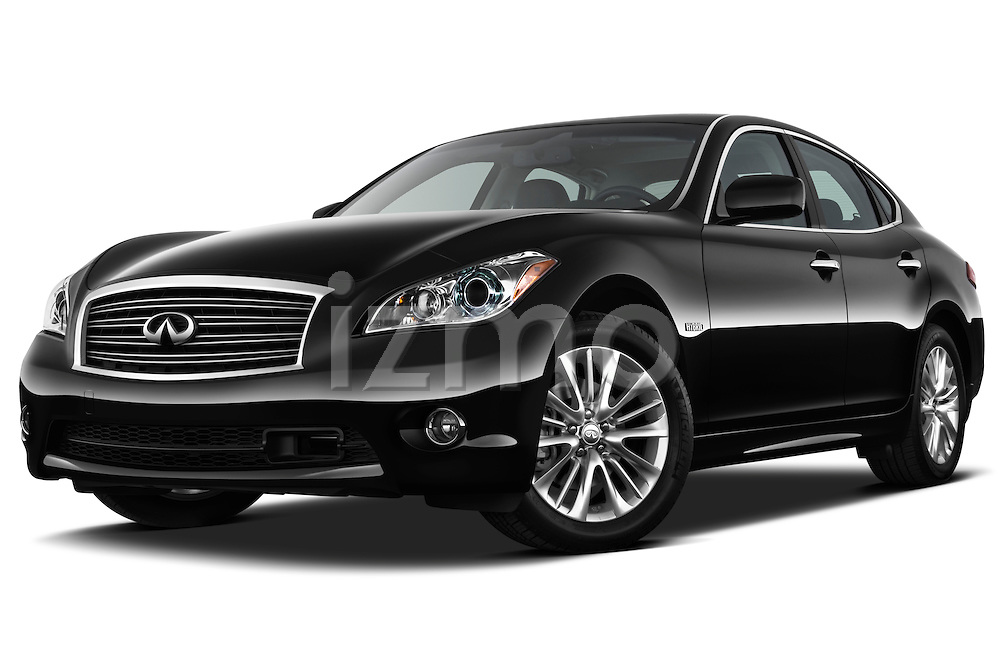 Low aggressive front three quarter view of a 2012 Infiniti M Hybrid