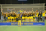 Berlin, Germany, February 01: During the prize giving ceremony for the winners of the Hallenhockey Saison 2014/15 the team of Harvestehuder THC at the Final Four tournament on February 02, at Max-Schmeling-Halle in Berlin, Germany. (Photo by Dirk Markgraf / www.265-images.com) *** Local caption ***