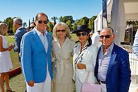 Roger Moore Kristina Tholstrup M.& Mme Maghadam - 4eme Monte-Carlo Polo Cup, Trophee Elena Sivoldaeva au Domaine du Vire vent Saint Martin de Peille le 18 Septembre 2016