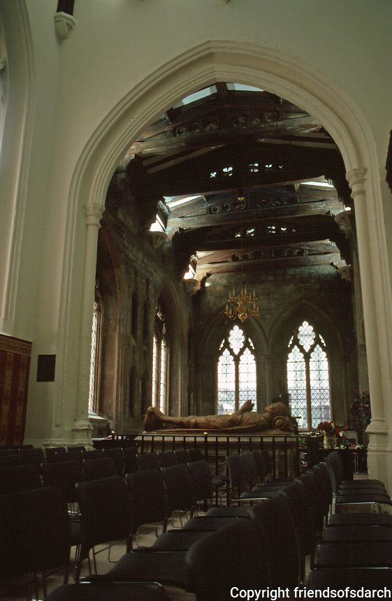 London:  St. Helen Bishopsgate--the South Transept from South Nave.  Photo '90.