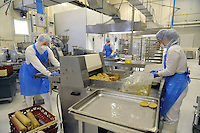 - Con.Bio. a Santarcangelo di Romagna, azienda leader in Italia per la produzione di alimenti vegetali e biologici; linea di produzione bistecche di lupino<br /> <br /> - Con.Bio. in Santarcangelo di Romagna, leading company in Italy for the production of vegetable and biological food; production line of lupine steaks