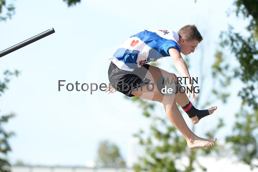 FIERLJEPPEN: BURGUM: 19-09-2020, NK Fierljeppen, Wisse Broekstra, ©foto Martin de Jong