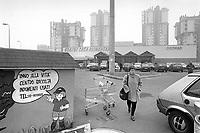 - Milano, marzo 1994, quartiere Lorenteggio<br /> <br /> - Milan, Mars 1994, Lorenteggio district