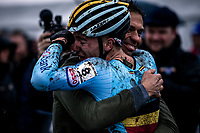 race winner/world champion Thibau Nys (BEL) congratulated by Belgian National Coach Sven Vanthourenhout. <br /> <br /> Men's Junior race<br /> UCI 2020 Cyclocross World Championships<br /> Dübendorf / Switzerland<br /> <br /> ©kramon