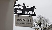 Nederland  Zutphen -  2020.  Uithangbord van Vanadis Uitvaartverzorging. .   Foto : ANP/ HH / Berlinda van Dam