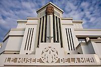 Europe/France/Aquitaine/64/Pyrénées-Atlantiques/Pays Basque/ Biarritz: Facade du Musée de la mer et son architecture Arts Déco