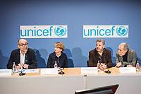 """Preisverleihung """"UNICEF-Fotos des Jahres 2018"""".<br /> First Lady Elke Buedenbender, Schirmherrin von UNICEF Deutschland, zeichnete am Donnerstag den 20 Dezember 2018 in Berlin den Spanischen Fotografen Antonio Aragon Renuncio als Gewinner des """"UNICEF-Fotos des Jahres"""" 2018 aus. <br /> Das Siegerfoto von Antonio Aragon Renuncio zeigt das Portrait eines kleinen Jungen mit Beinprotesen im """"Saint Louis Orione-Zentrum"""" in Bombouaka, Togo. Das Zentrum ist Zuflucht fuer koerperlich oder geistig behinderte Kinder, welche von ihren Familien verstossen wurden.<br /> Im Bild vlnr: Peter-Matthias Gaede, Vorstandsmitglied UNICEF Deutschland; Elke Buedenbender, Schirmherrin von UNICEF Deutschland; Antonio Aragón Renuncio, Preisträger des """"UNICEF-Fotos des Jahres"""" 2018 und der Fotograf und Dolmetscher Jose Giribas.<br /> 20.12.2018, Berlin<br /> Copyright: Christian-Ditsch.de<br /> [Inhaltsveraendernde Manipulation des Fotos nur nach ausdruecklicher Genehmigung des Fotografen. Vereinbarungen ueber Abtretung von Persoenlichkeitsrechten/Model Release der abgebildeten Person/Personen liegen nicht vor. NO MODEL RELEASE! Nur fuer Redaktionelle Zwecke. Don't publish without copyright Christian-Ditsch.de, Veroeffentlichung nur mit Fotografennennung, sowie gegen Honorar, MwSt. und Beleg. Konto: I N G - D i B a, IBAN DE58500105175400192269, BIC INGDDEFFXXX, Kontakt: post@christian-ditsch.de<br /> Bei der Bearbeitung der Dateiinformationen darf die Urheberkennzeichnung in den EXIF- und  IPTC-Daten nicht entfernt werden, diese sind in digitalen Medien nach §95c UrhG rechtlich geschuetzt. Der Urhebervermerk wird gemaess §13 UrhG verlangt.]"""