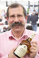 philippe chatillon vin jaune bottle domaine de la pinte arbois france