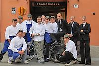 """- Modena, ristorante """"Francescana"""", lo chef Massimo Bottura con i suoi collaboratori<br /> <br /> - Modena, restaurant """"Francescana"""" the chef Massimo Bottura with his staff"""