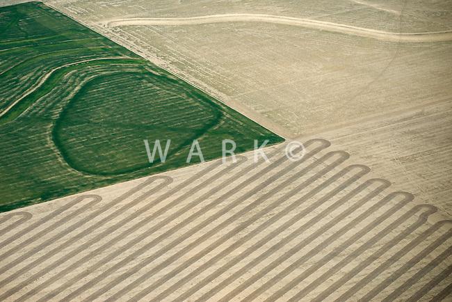 Farm field pattern in western Kansas. May 2014. 83906