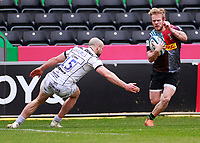 20th March 2021; Twickenham Stoop, London, England; English Premiership Rugby, Harlequins versus Gloucester; Harlequins, Gloucester; A missed tackle by Charlie Sharples of Gloucester lets Tyrone Green of Harlequins go through and score his try