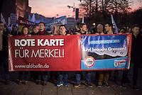 """AfD protestiert in Berlin gegen die Fluechtlingspolitik der Bundesregierung.<br /> Am Samstag den 31. Oktober 2015 versammelten sich ca. 250 Anhaenger der Rechts-Partei Alternative fuer Deutschland (AfD) zu einer Kundgebung gegen die Fluechtlings- und Asylpolitik der Bundesregierung. Dabei wurde die Bundeskanzlerin Angela Merkel mehrfach scharf angegriffen. Die Berichterstattung ueber Fluechtlinge in den Medien wurde mit lautstarken Rufen """"Luegenpresse"""" beschimpft.<br /> Der brandenburgische Landesvorsitzende Gauland forderte eine Fluechtlingspolitik wie in Japan, wo angeblich nur 20 Fluechtlinge pro Jahr aufgenommen werden.<br /> Etwa 350 Menschen protestierten gegen die Veranstaltung der Rechten und blockierten kurzzeitig deren Marschroute. Die Polizei ordnete daraufhin eine verkuerzte Route an und raeumte dafuer der AfD den Weg frei.<br /> Im Bild vlnr. am Transparent: Marcus Pretzell, AfD-Landesvorsitzender aus Nordrhein-Westfalen; Beatrix Amelie Ehrengard Eilika von Storch, geborene Herzogin von Oldenburg, stellvertretende AfD-Vorsitzende.<br /> 2. Reihe 2.vl. am Transparent: Alexander Gauland, AfD-Landesvorsitzender aus Brandenburg.<br /> 31.10.2015, Berlin<br /> Copyright: Christian-Ditsch.de<br /> [Inhaltsveraendernde Manipulation des Fotos nur nach ausdruecklicher Genehmigung des Fotografen. Vereinbarungen ueber Abtretung von Persoenlichkeitsrechten/Model Release der abgebildeten Person/Personen liegen nicht vor. NO MODEL RELEASE! Nur fuer Redaktionelle Zwecke. Don't publish without copyright Christian-Ditsch.de, Veroeffentlichung nur mit Fotografennennung, sowie gegen Honorar, MwSt. und Beleg. Konto: I N G - D i B a, IBAN DE58500105175400192269, BIC INGDDEFFXXX, Kontakt: post@christian-ditsch.de<br /> Bei der Bearbeitung der Dateiinformationen darf die Urheberkennzeichnung in den EXIF- und  IPTC-Daten nicht entfernt werden, diese sind in digitalen Medien nach §95c UrhG rechtlich geschuetzt. Der Urhebervermerk wird gemaess §13 UrhG verlangt.]"""