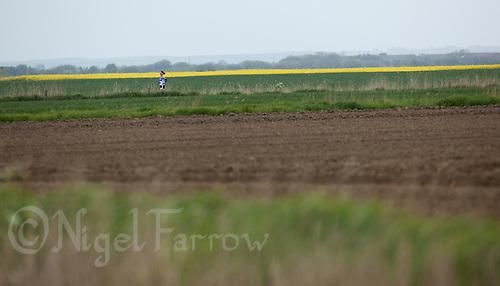 16 MAY 2010 - LYDD, GBR - Lotte Carritt - The Marshman Triathlons (PHOTO (C) NIGEL FARROW)
