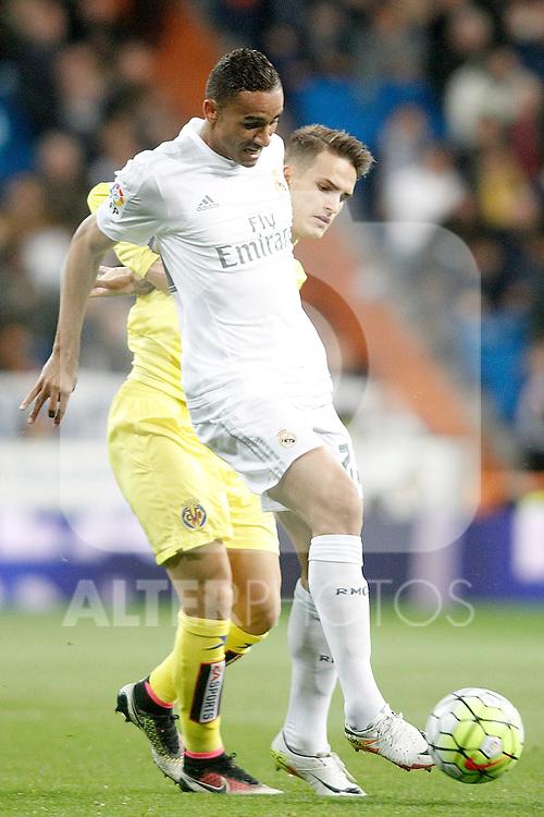 Real Madrid's Danilo da Silva (r) and Villareal's Denis Suarez during La Liga match. April 20,2016. (ALTERPHOTOS/Acero)