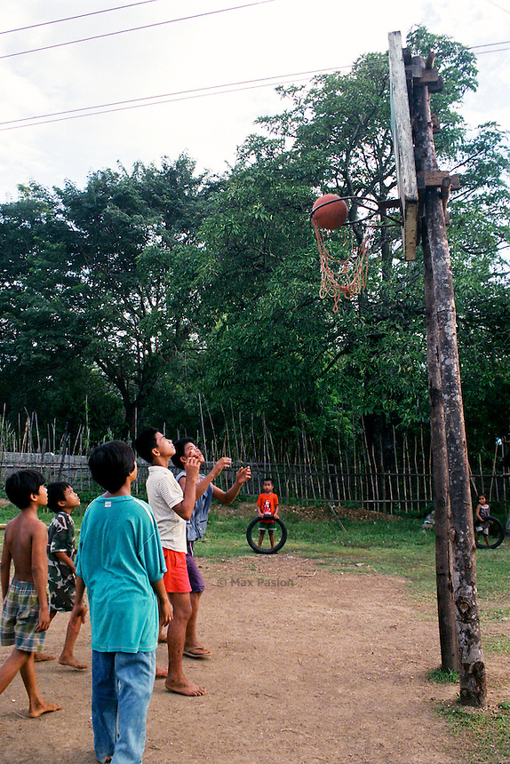 Basketball game. Malibcong, Abra. August, 1999