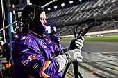 #11: Denny Hamlin, Joe Gibbs Racing, Toyota Camry FedEx Express crew