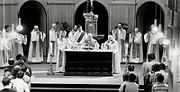 1983 FILE PHOTO - ARCHIVES -<br /> <br /> Monks celebrate birth of Christ with joyous song<br /> <br /> PHOTO :  Mike Slaughter  - Toronto Star Archives - AQP