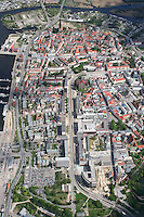 4415/Rostock: DEUTSCHLAND, MECKLENBURG- VORPOMMEN, ROSTOCK, 07.05.2005: Rostock, Hansestadt Rostock, Innenstadt, Zentrum, Centrum, Stadtansicht, Uebersicht Lange Strasse, Kroepeliner Strasse,   Luftbild, Luftaufnahme, ..