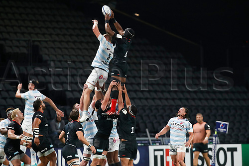 26th September 2020, Paris La Défense Arena, Paris, France; Champions Cup rugby semi-final, Racing 92 versus Saracens; Bird (Racing 92) and Itoje (Saracens) challenge for the lineout
