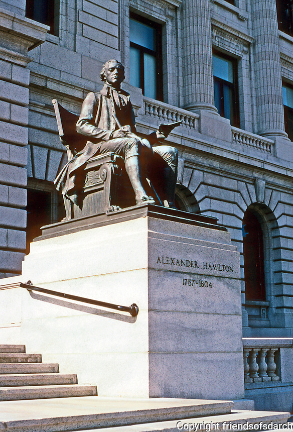 Cleveland: Cuyahoga County Court House. Seated bronze of Alexander Hamilton at steps. Photo '01.