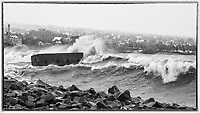 Duluth Winter Storm: October 27, 2017 (Monochrome)