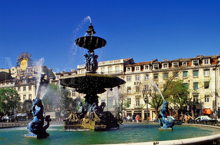 Portugal,  Lisbon.  Rossio and fountain
