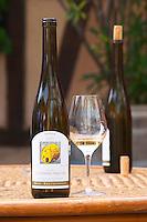 Clos Rebberg Pinot Gris Aux Vignes 2002. Illustration P Poirot. Domaine Marc Kreydenweiss, Andlau, Alsace, France