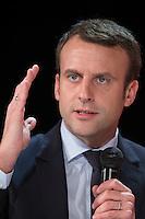 EMMANUEL MACRON ASSISTE AU 22E RAPPORT SUR L'ETAT DU MAL-LOGEMENT EN FRANCE PAR LA FONDATION ABBE PIERRE, LE 31 JANVIER 2017 A PARIS.
