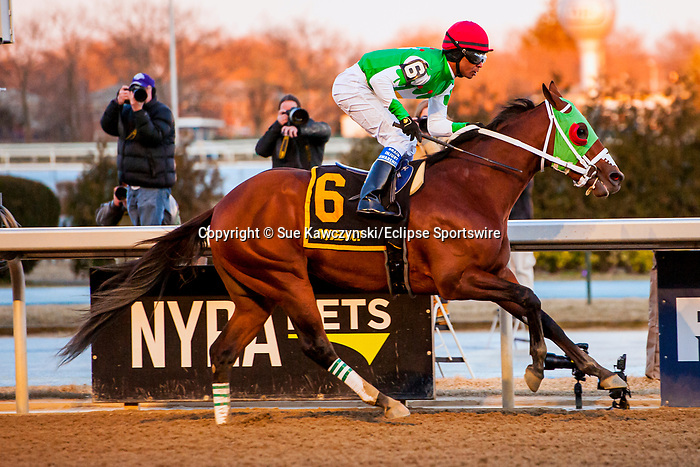 MARCH 07, 2020 : Mischevious Alex with Kendrick Carmouche aboard, wins the Grade 3 Gotham Stakes, at Aqueduct Racecourse in Ozone Park, NY.  Sue Kawczynski/Eclipse Sportswire/CSM