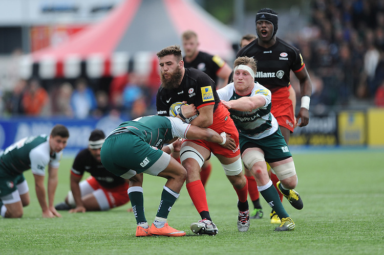 Will Fraser of Saracens in action during the Aviva Premiership semi final match between Saracens and Leicester Tigers at Allianz Park on Saturday 21st May 2016 (Photo: Rob Munro/Stewart Communications)
