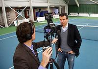 20-01-13, Tennis, Rotterdam, Wildcard for qualification ABNAMROWTT, Richard Krajicek bij Jan-Willem de Lange voor interview.