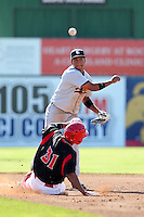Connecticut Tigers second baseman Alexander Nunez (22) during a double header vs. the Batavia Muckdogs at Dwyer Stadium in Batavia, New York July 10, 2010.  Connecticut dropped the first game 3-5 then defeated Batavia 8-1 in the night cap.  Photo By Mike Janes/Four Seam Images