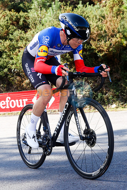 French Champion Remi Cavagna (FRA) Deceuninck-Quick Step climbs during Stage 13 of the Vuelta Espana 2020 an individual time trial running 33.7km from Muros to Mirador de Ézaro. Dumbría, Spain. 3rd November 2020. <br /> Picture: Luis Angel Gomez/PhotoSportGomez | Cyclefile<br /> <br /> All photos usage must carry mandatory copyright credit (© Cyclefile | Luis Angel Gomez/PhotoSportGomez)