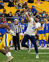 North Carolina quarterback Sam Howell (7).The Pitt Panthers defeated the North Carolina Tarheels 34-27 in overtime in the football game on November 14, 2019 at Heinz Field, Pittsburgh, Pennsylvania.