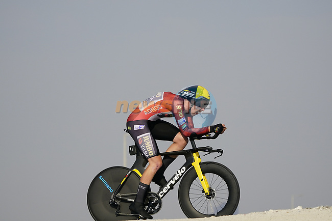 David Dekker (NED) Team Jumbo-Visma wearing the leaders Red Jersey as race leader Mathieu van der Poel's (NED) Alpecin-Fenix team has had to withdraw after a team member tested positive for Covid during Stage 2 of the 2021 UAE Tour an individual time trial running 13km around  Al Hudayriyat Island, Abu Dhabi, UAE. 22nd February 2021.  <br /> Picture: Eoin Clarke | Cyclefile<br /> <br /> All photos usage must carry mandatory copyright credit (© Cyclefile | Eoin Clarke)