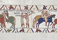 Bayeux Tapestry scene 21 : Duke William knights Harold for fighting against Duke of Britany. BYX21