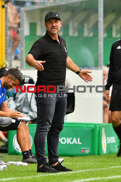 11.08.2019, Carl-Benz-Stadion, Mannheim, GER, DFB Pokal, 1. Runde, SV Waldhof Mannheim vs. Eintracht Frankfurt, <br /> <br /> DFL REGULATIONS PROHIBIT ANY USE OF PHOTOGRAPHS AS IMAGE SEQUENCES AND/OR QUASI-VIDEO.<br /> <br /> im Bild: Bernhard Trares (Trainer SV Waldhof Mannheim)<br /> <br /> Foto © nordphoto / Fabisch