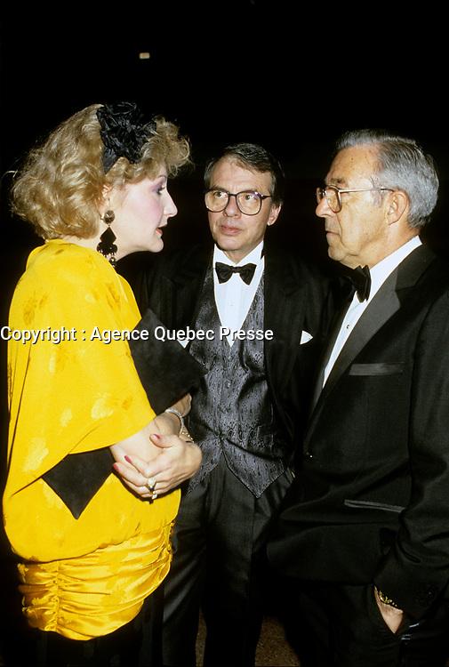 Louise Dechatelets, Guy Fournier, jean  Pouliot<br />  at Television Quatre Saison Launch, August 28, 1986.<br /> <br /> <br /> PHOTO : Stephane Fournier - Agence Quebec Presse