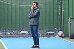 Andreu Enrich (Trainer, Cheftrainer, MHC), nachdenklich, besorgt, pessimistisch, Freisteller, Ganzkörper, Einzelbild, Aktion, Action, am Spielfeldrand, an der Seitenauslinie, 01.05.2021, Mannheim  (Deutschland), Hockey, Deutsche Meisterschaft, Viertelfinale, Herren, Mannheimer HC - Harvestehuder THC <br /> <br /> Foto © PIX-Sportfotos *** Foto ist honorarpflichtig! *** Auf Anfrage in hoeherer Qualitaet/Aufloesung. Belegexemplar erbeten. Veroeffentlichung ausschliesslich fuer journalistisch-publizistische Zwecke. For editorial use only.