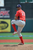 Williamsport Crosscutters pitcher Jesen Therrien (28) during game against the Brooklyn Cyclones at MCU Park on July 21, 2014 in Brooklyn, NY.  Brooklyn defeated Williamsport  5-2.  (Tomasso DeRosa/Four Seam Images)